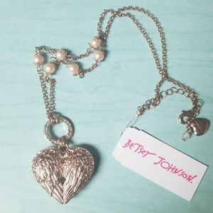 Betsey Johnson heart wing necklace